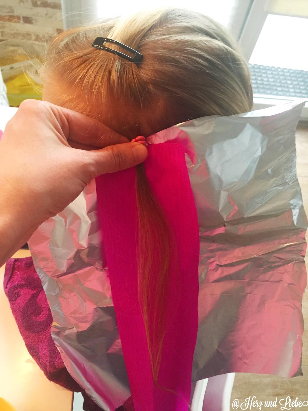 Diy Haarefärben Mit Krepp Papier Schnell Einfach Günstig
